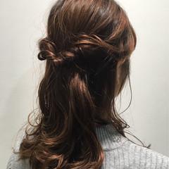 ナチュラル ハーフアップ 大人かわいい ミディアム ヘアスタイルや髪型の写真・画像