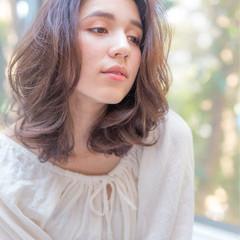 前髪あり ナチュラル 小顔 大人女子 ヘアスタイルや髪型の写真・画像
