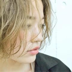 ハイトーン ボブ ハイトーンカラー パーマ ヘアスタイルや髪型の写真・画像
