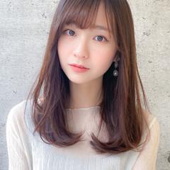 コンサバ レイヤーカット 小顔 レイヤーロングヘア ヘアスタイルや髪型の写真・画像