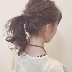 ポニーテール ヘアアレンジ セミロング ローポニーテール ヘアスタイルや髪型の写真・画像