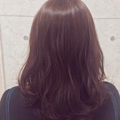セミロング ガーリー レッド 冬 ヘアスタイルや髪型の写真・画像