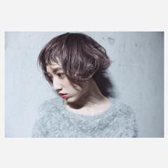 ショートバング ボブ 外国人風 ハイライト ヘアスタイルや髪型の写真・画像