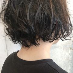メンズパーマ パーマ ナチュラル 無造作パーマ ヘアスタイルや髪型の写真・画像