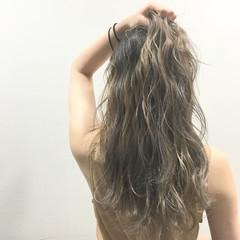 波ウェーブ 外国人風 渋谷系 ロング ヘアスタイルや髪型の写真・画像