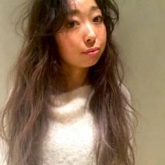 ストレート ナチュラル くせ毛風 モード ヘアスタイルや髪型の写真・画像