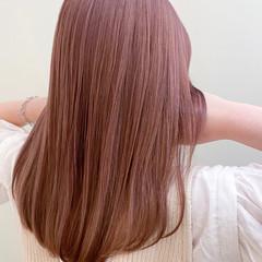ピンク ピンクベージュ ピンクアッシュ ハイライト ヘアスタイルや髪型の写真・画像