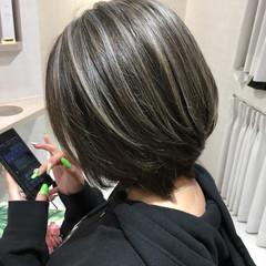 ブリーチ 外国人風カラー アッシュ 美髪 ヘアスタイルや髪型の写真・画像