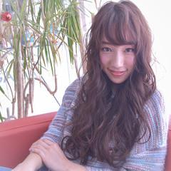 ロング 小顔 アッシュ ニュアンス ヘアスタイルや髪型の写真・画像