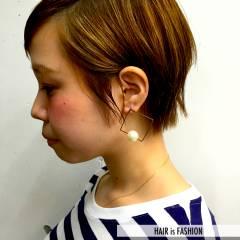 ベリーショート ショート 耳かけ ナチュラル ヘアスタイルや髪型の写真・画像