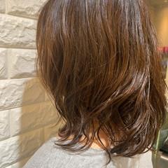 カール デジタルパーマ フェミニン パーマ ヘアスタイルや髪型の写真・画像