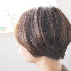 小顔 大人女子 アッシュ マッシュ ヘアスタイルや髪型の写真・画像