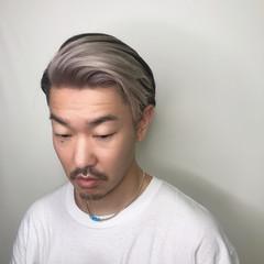 ストリート ショート ブリーチオンカラー シルバー ヘアスタイルや髪型の写真・画像