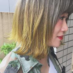 外ハネ ボブ イエロー ストリート ヘアスタイルや髪型の写真・画像