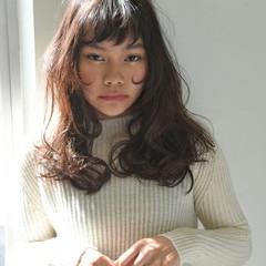 大人かわいい 前髪あり パーマ 冬 ヘアスタイルや髪型の写真・画像