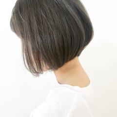 アッシュグレー ボブ 大人ショート 大人グラボブ ヘアスタイルや髪型の写真・画像