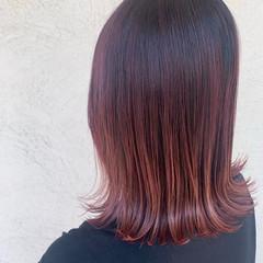 バレイヤージュ ピンク ミディアム モード ヘアスタイルや髪型の写真・画像
