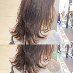大人ミディアム スウィングレイヤー ナチュラル レイヤースタイル ヘアスタイルや髪型の写真・画像