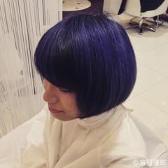 ストリート ボブ ブルー ブルーブラック ヘアスタイルや髪型の写真・画像