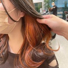ロング エレガント インナーカラー 大人かわいい ヘアスタイルや髪型の写真・画像