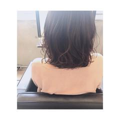 ハイライト フェミニン ミディアム 束感 ヘアスタイルや髪型の写真・画像
