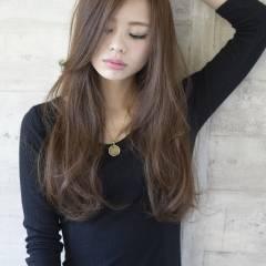 ナチュラル ロング 暗髪 渋谷系 ヘアスタイルや髪型の写真・画像