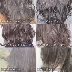 大人可愛い インナーカラー ショートヘア ストリート ヘアスタイルや髪型の写真・画像