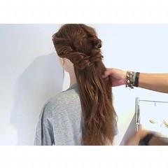 ロング くるりんぱ 簡単ヘアアレンジ エレガント ヘアスタイルや髪型の写真・画像