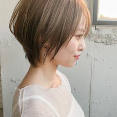 ショート ひし形シルエット ショートボブ ナチュラル ヘアスタイルや髪型の写真・画像