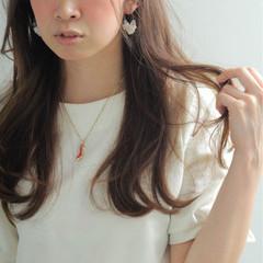 ロング アッシュ ナチュラル ピュア ヘアスタイルや髪型の写真・画像