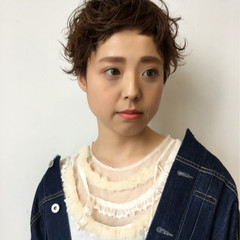 パーマ ベリーショート ピュア ショートバング ヘアスタイルや髪型の写真・画像