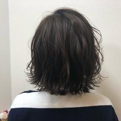 切りっぱなし 外ハネ ナチュラル ボブ ヘアスタイルや髪型の写真・画像