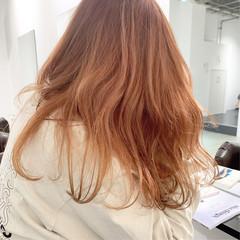 オレンジベージュ ミディアム ナチュラル デート ヘアスタイルや髪型の写真・画像