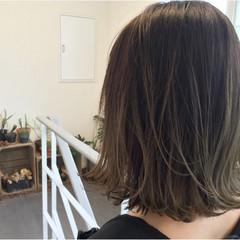 暗髪 グラデーションカラー 外ハネ 外国人風カラー ヘアスタイルや髪型の写真・画像