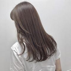 大人カジュアル 福岡市 ロング ラベンダーアッシュ ヘアスタイルや髪型の写真・画像