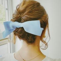 ミディアム ヘアアレンジ フェミニン くるりんぱ ヘアスタイルや髪型の写真・画像