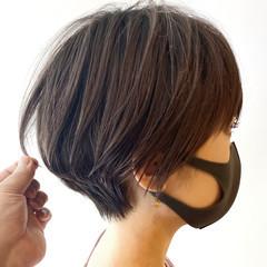 インナーカラー ナチュラル ショートボブ ウルフカット ヘアスタイルや髪型の写真・画像