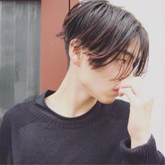 無造作 ボーイッシュ 黒髪 メンズ ヘアスタイルや髪型の写真・画像