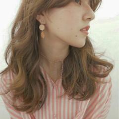 外国人風 ハイライト ロング くせ毛風 ヘアスタイルや髪型の写真・画像