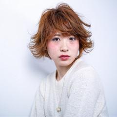 アッシュ ショート 外国人風 フェミニン ヘアスタイルや髪型の写真・画像