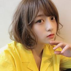 外国人風 ミディアム 外国人風カラー フェミニン ヘアスタイルや髪型の写真・画像
