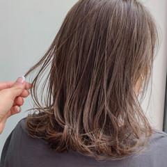セミロング 白髪染め 大人ハイライト ハイライト ヘアスタイルや髪型の写真・画像