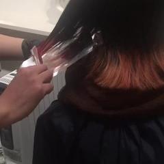 ストリート ブリーチ ロブ レッド ヘアスタイルや髪型の写真・画像