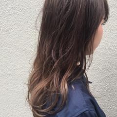 暗髪 ハイライト セミロング ブリーチ ヘアスタイルや髪型の写真・画像