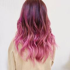 ラズベリーピンク チェリーレッド ピンク ガーリー ヘアスタイルや髪型の写真・画像