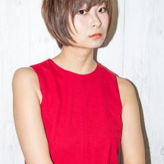 小顔 ナチュラル かっこいい 大人女子 ヘアスタイルや髪型の写真・画像