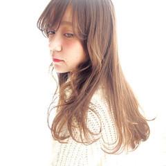 カール うざバング おフェロ ガーリー ヘアスタイルや髪型の写真・画像
