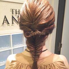 デート ヘアアレンジ 結婚式 フェミニン ヘアスタイルや髪型の写真・画像