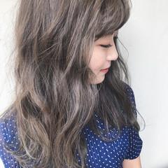 アッシュグレージュ グレージュ ミディアム ミルクティーグレージュ ヘアスタイルや髪型の写真・画像