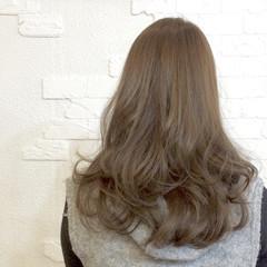 艶髪 ロング アッシュ ダブルカラー ヘアスタイルや髪型の写真・画像